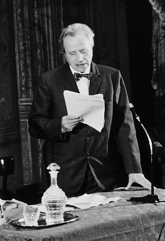 Gustavo Vinay (1912-1993)